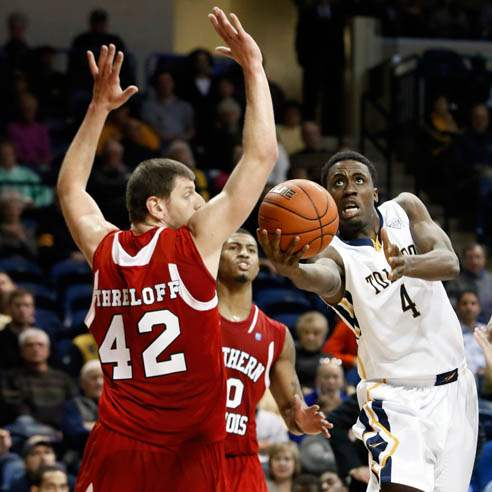 University-of-Toledo-guard-Justin-Drummond-4-goes-to