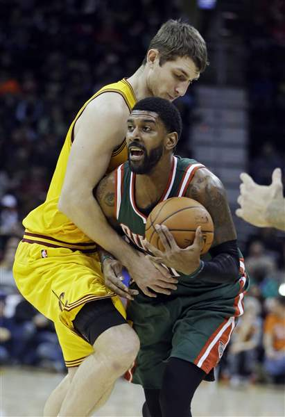 Bucks-Cavaliers-Basketball-5