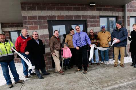 NBRS-maumee27p-ribbon-cutting-over