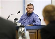 Witness-James-Parsons-testifying-during-the-trial-of-Cody