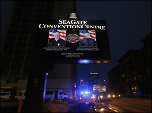 The Seagate Convention Centre led light honors.