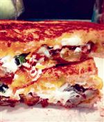Loaded-baked-potato-grilled-cheese-sandwich