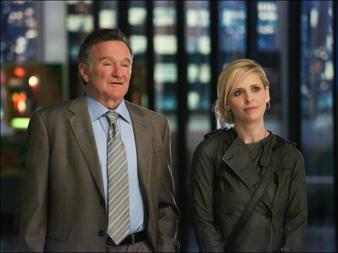 TV Fall Preview Robin Williams, left, and Sarah Michelle Gellar in a scene from the pilot episode of