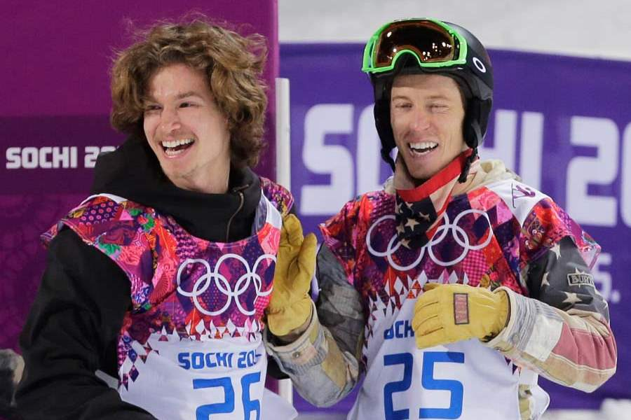 Sochi-Olympics-Snowboard-Men-IPOD-AND-SHAUN-WHITE