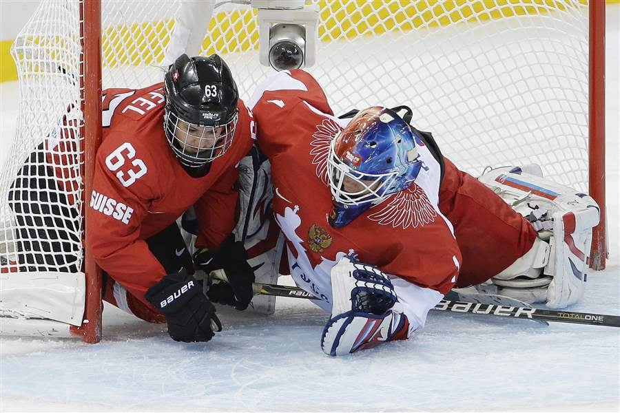 Sochi-Olympics-Ice-Hockey-Women-4