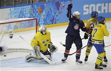 Sochi-Olympics-Ice-Hockey-Women-9