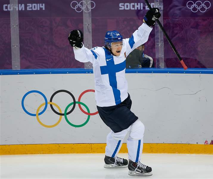 Sochi-Olympics-Ice-Hockey-Men-76