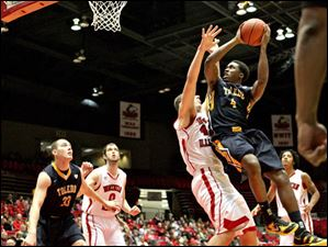 Toledo's Justin Drummond shoots the ball in the first half.