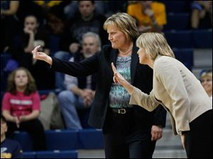 Rockets coach Tricia Cullop, left, and associate head coach Vicki Hall direct the team.