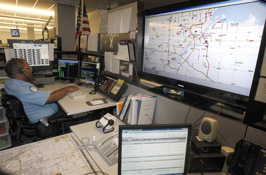 An-EMS-dispatcher-works-on-th