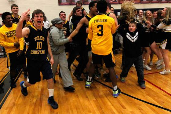 Toledo-Christian-s-Josh-Graham-10-celebrates-their-victory