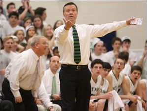Ottawa Hills' head coach John Lindsay calls out to a referee during the third quarter.