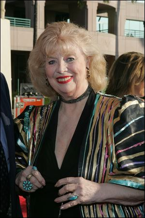Actress Sheila MacRae, best known for playing Alice Kramden in the 1960s re-creation of 'The Honeymooners,' died. She was 92.