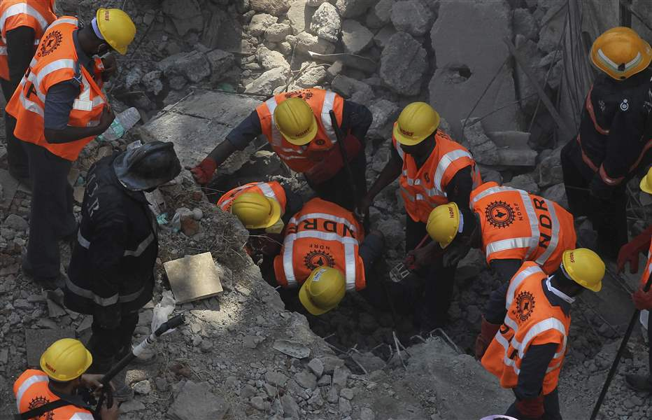 India-Building-Collapse-15