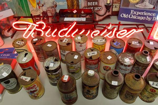 Beer-can-collection-Budweiser