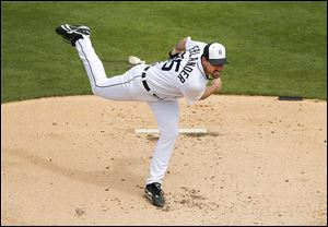 Detroit's Justin Verlander held Washington to one hit and struck out four over five innings in the Tigers beat the Nationals 2-1.