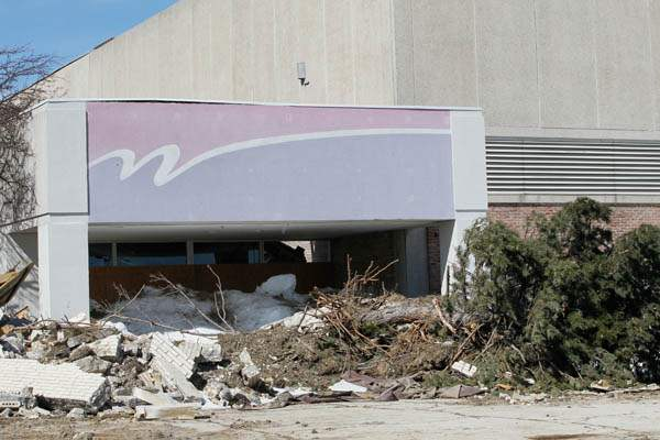 BIZ-sears18p-Woodville-demolition