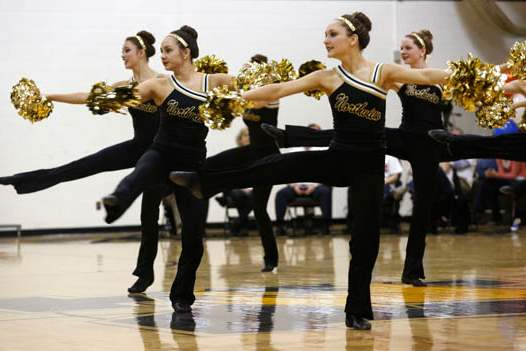 The-Northview-dance-team-performs-1