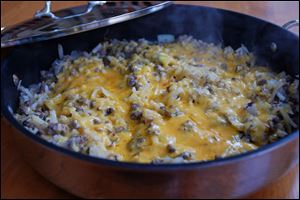 Cheeseburger Pie Skillet is a fast family meal.