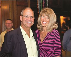 David and Kathryn Effler enjoy the Spring Fling party at the Toledo Club.
