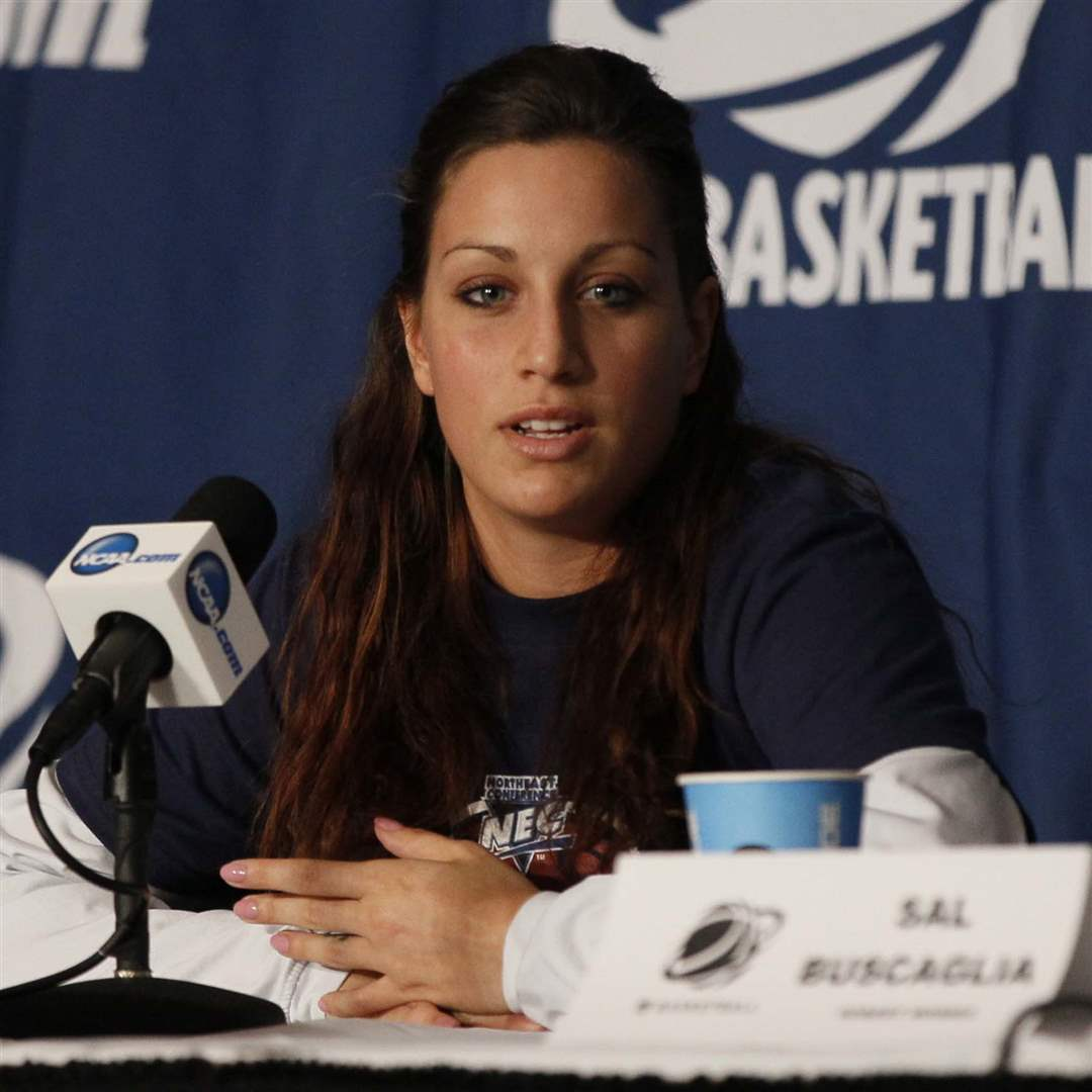 NCAA-RMU-Ashley-Ravelli