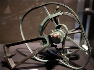 Telegraph mechanism recovered from the Titanic on display.