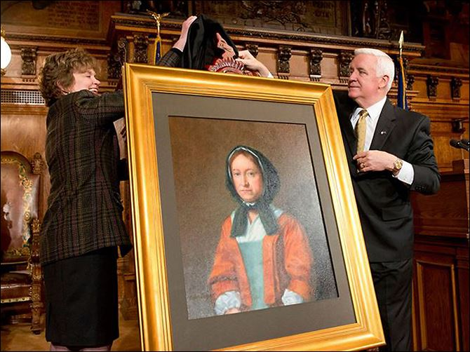 n3penn Gov. Tom Corbett and First Lady Susan Corbett unveil a portrait of Hannah Callowhill Penn on Sunday. It will be displayed among portraits of Pennsylvania's founders and former governors, which include her husband, William Penn.