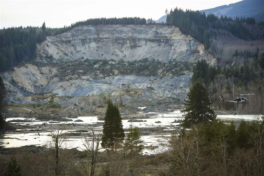 Washington-Mudslide-14