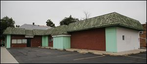 Exterior photo of the Capital Care Network abortion clinic on Sylvania Avenue in Toledo.