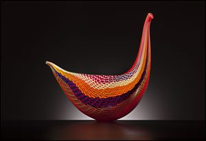 'Fenice,' a glass bird by Lino Tagliapietra. A show of his work opens Friday at the Glass Pavilion.
