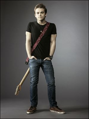 Hunter Hayes will be headlining a show at the Huntington Center on Friday.