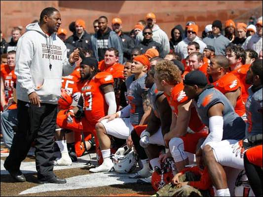 BGSU head coach Dino Babers talks to his team after the Spring Game at  Doyt Perry Stadium.