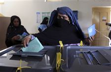 Afghanistan-Elections-lining-up