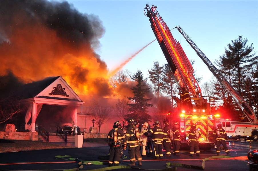 Mass-Lakeview-Pavilion-Fire-2