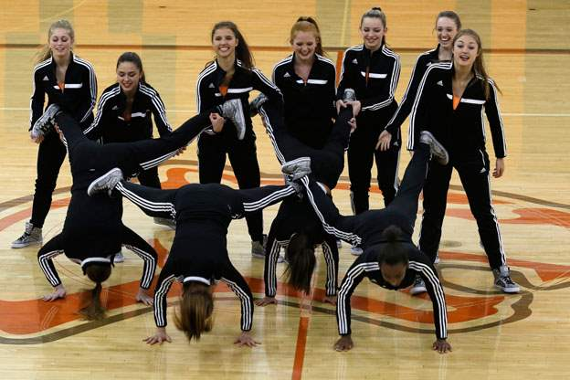 The-Southview-dance-team-performs-their-hip-hop-dance