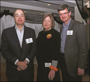 Allan Block, chairman of Block Communications Inc., left, with Sara Jane DeHoff, and Brian Kennedy, Toledo Museum of Art director.