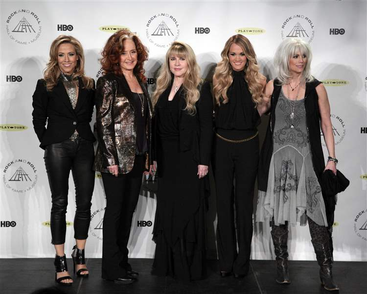 Rock-and-Roll-Hall-of-Fame-2014-Ceremony-Press-Room-3