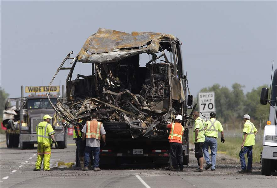 California-Bus-Crash-4