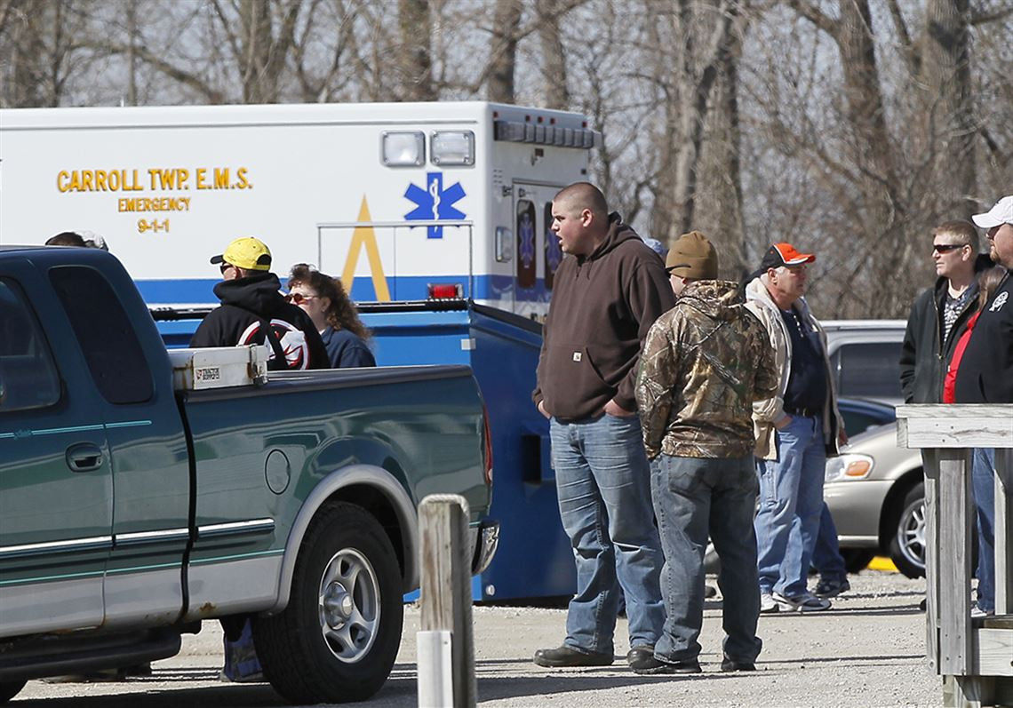 Tragic Fishing Accident In Lake Geneva >> 2 Found Dead 2 Missing After Boating Accident On Lake Erie Toledo