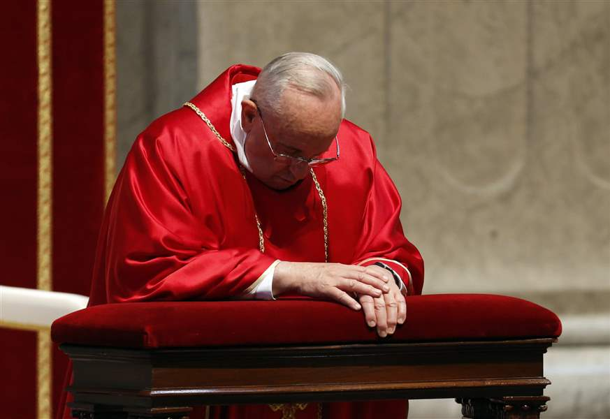 Vatican-Pope-Good-Friday-10