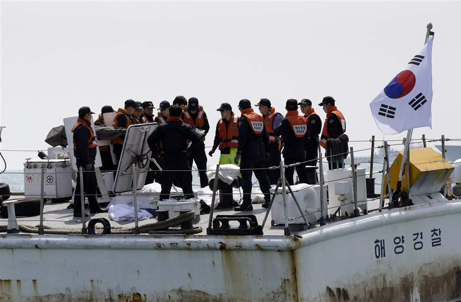 South-Korea-Ship-Sinking-35