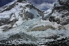 Nepal-Everest-Avalanche-12