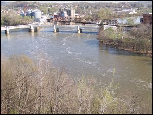 The historic Y Bridge in Zanesville, over the Muskingum River.
