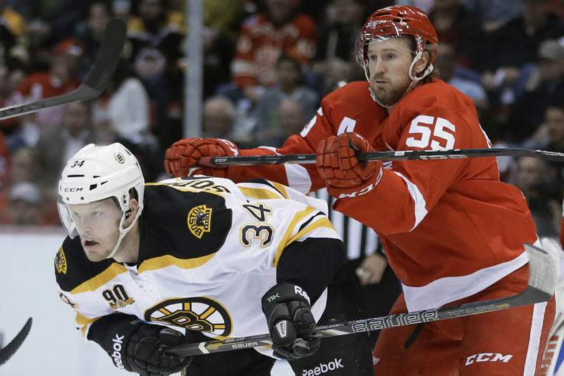 Bruins-Red-Wings-Hockey-10