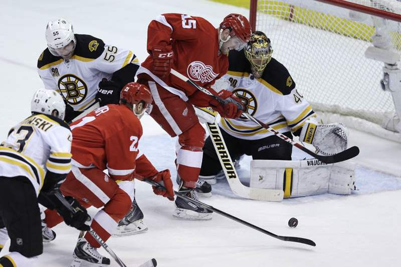 Bruins-Red-Wings-Hockey-12