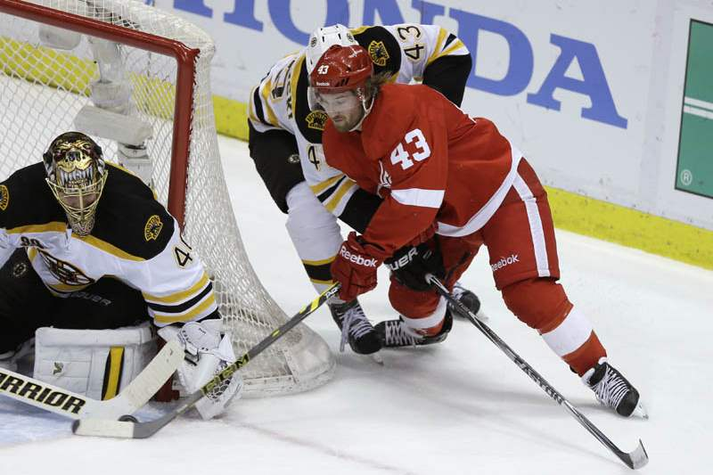 Bruins-Red-Wings-Hockey-13