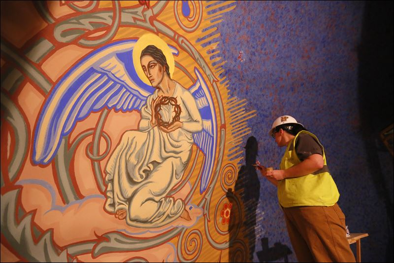 Project at b g church reveals grandeur toledo blade for Church mural restoration