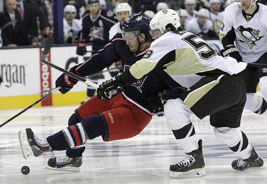 Penguins-Blue-Jackets-Hockey-18