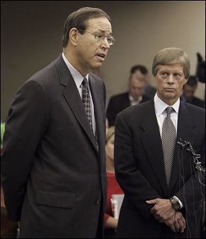 In 2005, then-Ohio Gov. Bob Taft addressed the court as his attorney, William Meeks, looked on in Columbus. Mr. Taft, now a distinguished research associate at the University of Dayton, was convicted in Coingate.