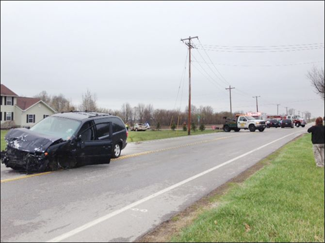 A minivan collided with a vehicle driven by a 16-yea A minivan collided with a vehicle driven by a 16-year-old student driver on Monday, resulting in two deaths south of Whitehouse.